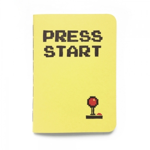 "cuaderno de tapa blanda (cosido visto) ""press start"" hojas en blanco / amarillo limón / 10 x 14 cm"